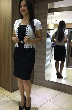 a228884831 Vestido Executiva confeccionado MalhaTrabalhada forrado com elastano