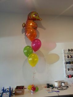 Lovely seahorse balloon arrangement! Great for under the sea or beach themed parties