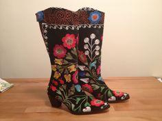 Handmade suzani silk velvet women cowboy boots Patchwork Rugs, Cowboy Boots Women, Rubber Rain Boots, Velvet, Silk, Handmade, Vintage, Fashion, Moda