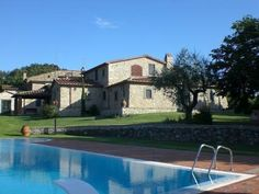 Villa Ann Monsummamo Terme Boasting a pool in the 2500 m² private garden, Villa Ann is located in Montevettolini. It is equipped with air conditioning and free WiFi throughout.