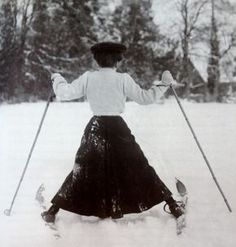 """Edwardian woman skiing in Northamptonshire, 1908,(from Getty Images' book""""Decades of the 20th Century—1900s"""" by Nick Yapp, scanned byWeirdVintage)"""