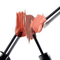 いいね!5,928件、コメント37件 ― Marc Jacobs Beautyさん(@marcbeauty)のInstagramアカウント: 「Swipe right for lasting color and unbelievable shine. New shades of Enamored Hi-Shine Lip Lacquer…」