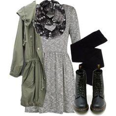 Inspiration: Boots, Dress, Military Jacket, and welcome to the 90s.  Inspiración: Botas, Vestido, Chaqueta militar, y bienvenida a los años 90.