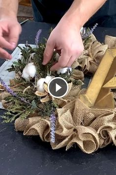 Your Favorite Wreath Maker Nicksseasona Diynetwork - Diy Crafts - DIY & Crafts Diy Crafts Knitting, Diy Crafts Crochet, Diy Gift Pouches, Diy Crafts Paper Flowers, Hand Embroidery Projects, Cute Diy Projects, Wreath Burlap, Craft Free, Diy For Girls