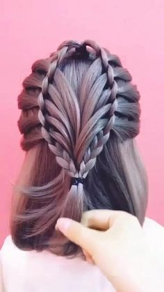Prom Hairstyles For Long Hair, Braids For Long Hair, Girl Hairstyles, Elegant Hairstyles, Long Hair Dos, Hairstyles Videos, Princess Hairstyles, Simple Prom Hair, Front Hair Styles