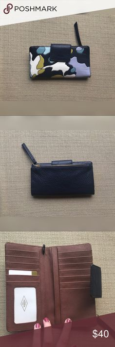 Brand new fossil wallet Super cute brand new fossil wallet Fossil Bags Wallets
