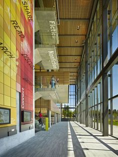Completed in 2011 in Vancouver, United States. Images by Benjamin Benschneider. The new Vancouver Community Library in Vancouver, Washington, designed by The Miller Hull Partnership, recently opened to the public. Portland Architecture, Library Architecture, Interior Architecture, Environmental Graphic Design, Environmental Graphics, Commercial Design, Commercial Interiors, Library Signage, Community Library