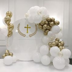 Baptism Party Decorations, First Communion Decorations, First Communion Party, Balloon Decorations Party, Balloon Garland, Girl Baptism Party, Christening Party, Baby Boy Baptism, Ideas Bautizo