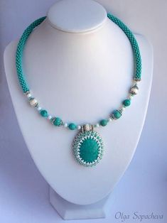 Very nice overall design with bead embroidery pendant. Diy Jewelry Necklace, Rope Jewelry, Necklace Designs, Jewelry Crafts, Beaded Necklace, Beaded Bracelets, Necklaces, Beaded Jewelry Patterns, Handmade Jewelry Designs