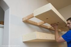 How to Build SIMPLE FLOATING SHELVES (...for any room in the house!) | via Make It and Love It #FloatingShelves