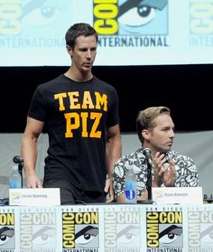 Jason Dohring and Ryan Hansen at Comic-Con 2013 for Veronica Mars - We can't forget Team Piz!