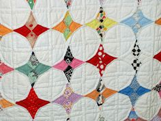 snowball quilt- use the negative space as shown for a stunning 2 color quilt. Vintage Quilts Patterns, Star Quilt Patterns, Antique Quilts, Star Quilts, Scrappy Quilts, Circle Quilts, Patch Quilt, Quilt Blocks, Snowball Quilts