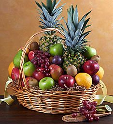 Discover ideal token of appreciation for almost every occasion you now have ending up. Our gift baskets are packed with something distinct for everyone on your private present list from food products surprise. gift baskets for boyfriend All Fruits, Best Fruits, Healthy Fruits, Fruit Box, New Fruit, Fresh Fruit, Fruit Gifts, Food Gifts, Food Gift Baskets