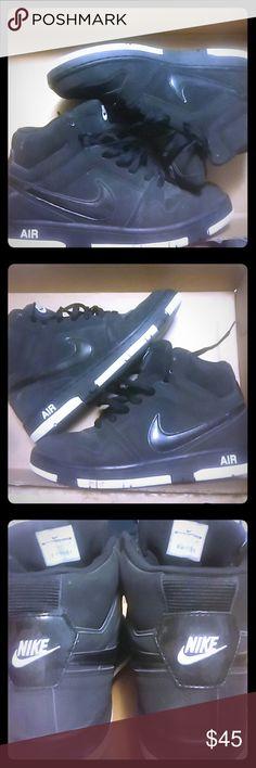 Nike Air 407036-070 SZ 10 SZ10 03/22/11 Nike Shoes Sneakers