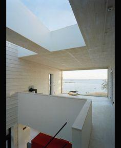 Påkostad träarkitektur i yttersta havsbandet bild 12