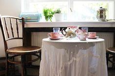 A Romantic West Berlin Kitchen