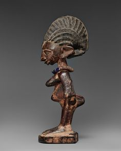 A FEMALE IBEJI - Kunsthaus Lempertz