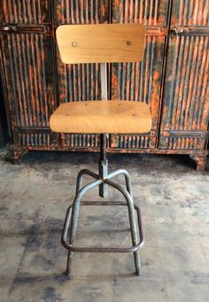 This gorgeous French industrial stool rotates This vintage stool features a comfy conjured seat, complete with footrest. Height can be adjusted with rotation of the seat. Rotate to the left to lower and rotate to the right to higher. The wood Industrial Stool, French Industrial, Vintage Industrial Furniture, Vintage Stool, Eagle Rock, Work Desk, Footrest, Furnitures, French Vintage
