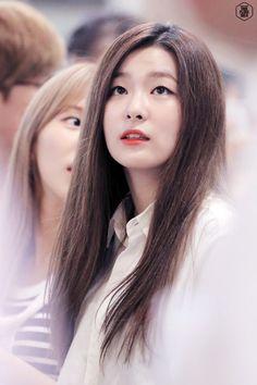 : as tagged Kpop Girl Groups, Korean Girl Groups, Kpop Girls, Kang Seulgi, Kim Yerim, Red Velvet Seulgi, Velvet Fashion, Airport Style, Airport Fashion