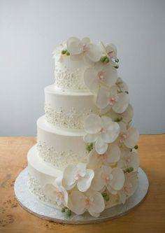 wedding-cakes-10-021915mc