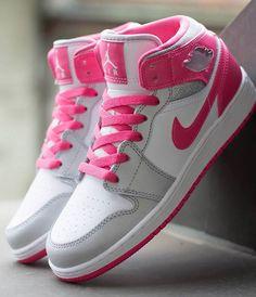 696ecacf084 air jordan 1 gs mid white dynamic pink 1 Air Jordan 1 Mid GS White Metallic