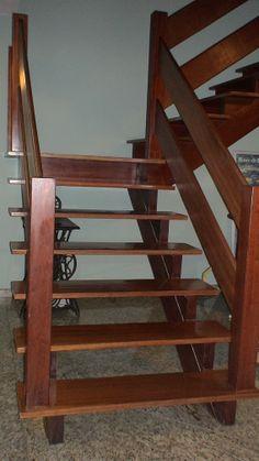 89- Escada em pranchas de Ipê aplicado Sinteko Brilhante.