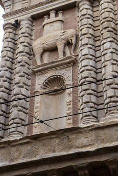 Bologna, Palazzo Fantuzzi, Via San Vitale