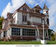 stock photo : Abandoned Victorian House, Shreveport Louisiana shutterstock.com
