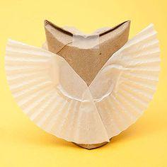 Make An Adorable Paper Owl Craft: Step 2 (via Parents.com)