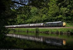 RailPictures.Net Photo: D6737 South Devon Railway 37 at Totnes, United Kingdom by Robert Sherwood