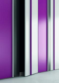 Nuevos #armarios, #nuevas molduras. Puedes ver más en: http://www.ros1.com/es/catalogo/spazio