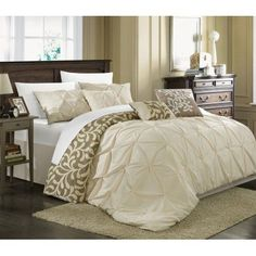 Chic Home Elegant 7-Piece Trefort Oversized Overfilled Pleated Pin tuck Reversible Comforter Set, King, Beige
