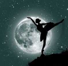 Baila al son de la luna