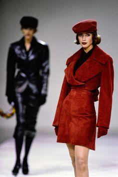 Azzedine Alaïa Fall 1991 Ready-to-Wear Fashion Show - Christy Turlington Burns