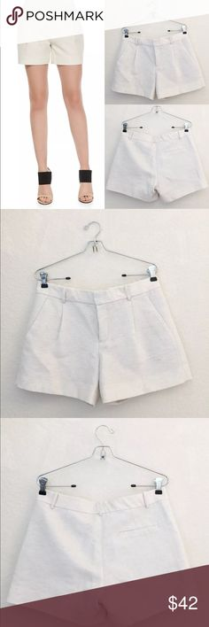 Vince linen shorts • Vince • Pleated shorts • Like New worn once no flaws • Size 6 Vince Shorts