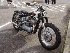 via Funny Custom Harley Sportster 1200, Sportster Cafe Racer, Sportster Chopper, Hd Sportster, Custom Sportster, Custom Harleys, Bobber, Bultaco Mercurio, Classic Harley Davidson