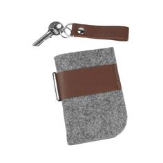 Felt smartphone case - Purol Design  Case of felt and genuine leather.