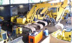 excavator in service @ workshop mundam