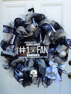 Oakland Raiders wreath,raiders wreath, nfl wreath, front door wreath, door wreath, mancave wreath, home decor, football wreath, sport wreath by EastCoastWreathsShop on Etsy