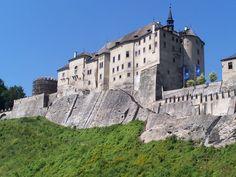 Burgen und Schlösser in Tschechien: Burg Karlštejn, Křivoklát, Schloss Hluboká und Loket in der Tschechische Republik