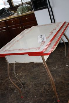 vintage enamel top kitchen table 319 vintage enamel kitchen table lot 319 - Metal Kitchen Table