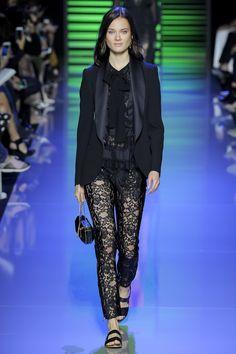 Elie Saab Spring 2016 Ready-to-Wear Fashion Show