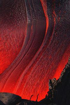 Over Lava Tail | vividessentials