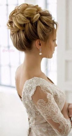 These Gorgeous Updo Hairstyle That You'll Love To Try! Whether a classic chignon, textured updo or a chic wedding updo with a beautiful details. These wedding updos are perfect for any bride looking for a unique wedding hairstyles… Wedding Hairstyles For Long Hair, Wedding Hair And Makeup, Formal Hairstyles, Bride Hairstyles, Pretty Hairstyles, Hair Makeup, Hairstyle Wedding, Latest Hairstyles, Elegant Hairstyles
