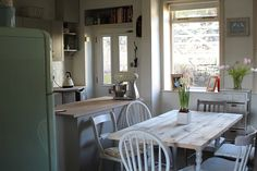 Home ~ Life with Holly Scaffold Table, Scaffold Boards, New Kitchen Inspiration, Plank Table, Diy Table Top, Scaffolding, Dining Table, Rustic, Interior