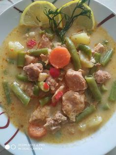 Palóc leves Chicken, Meat, Food, Red Peppers, Eten, Meals, Cubs, Kai, Diet