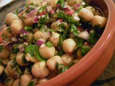 Kikertsalat | Norsk Vegetarforening Beans, Dinner, Vegetables, Food, Basil, Suppers, Veggies, Essen, Vegetable Recipes