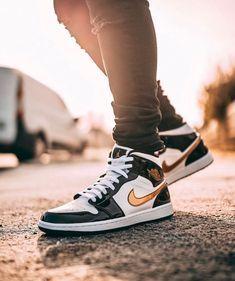 5f945ae2f38 Jordan 1, Jordan Shoes, Air Force Ones, Nike Cortez, Nike Sb, Nike Air  Jordans, Sneaker Heads, Basketball Shoes, Dope Music