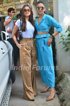Celebrity Casual Outfits, Celebrity Look, Classy Outfits, Girl Outfits, Fashion Outfits, Bollywood Outfits, Bollywood Fashion, Indian Celebrities, Bollywood Celebrities