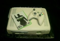 for kevin......Xbox cake with controller
